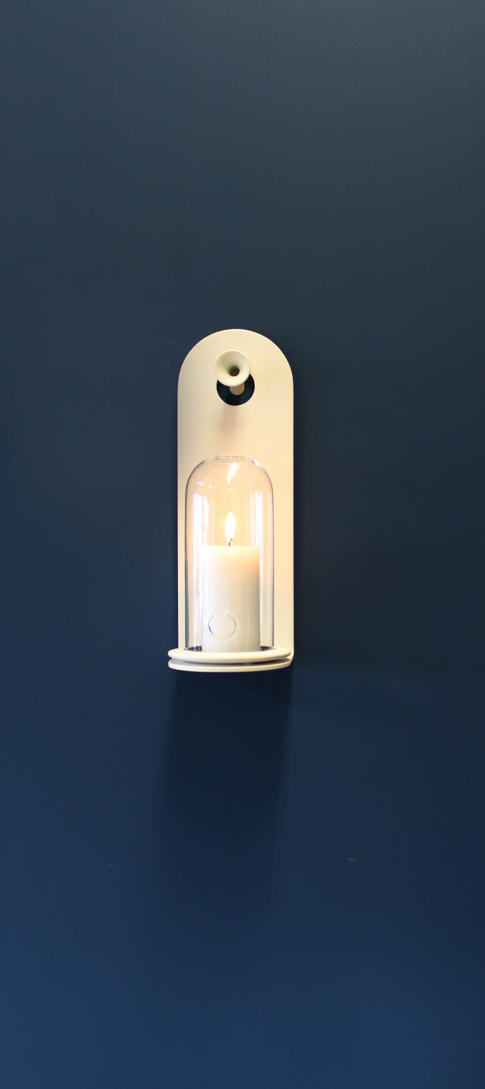 Candle holder wall model shelf white Teun Fleskens