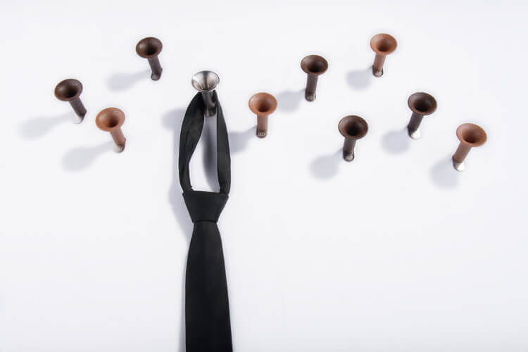 Trumpet hooks in coconut, beech and stainless steel. Accessories can be presented by trumpet hooks in the same shapes language, so the unit remains guaranteed. This simply creates a playful pattern on the wall that lets you get back wherever needed.   Both the leaf and the trumpet are made of stainless steel, display organic material in exactly the same white and anthracite as the coated materials and last but not least our piece of résistance; Coconut or beech wood fiber in cast wood!